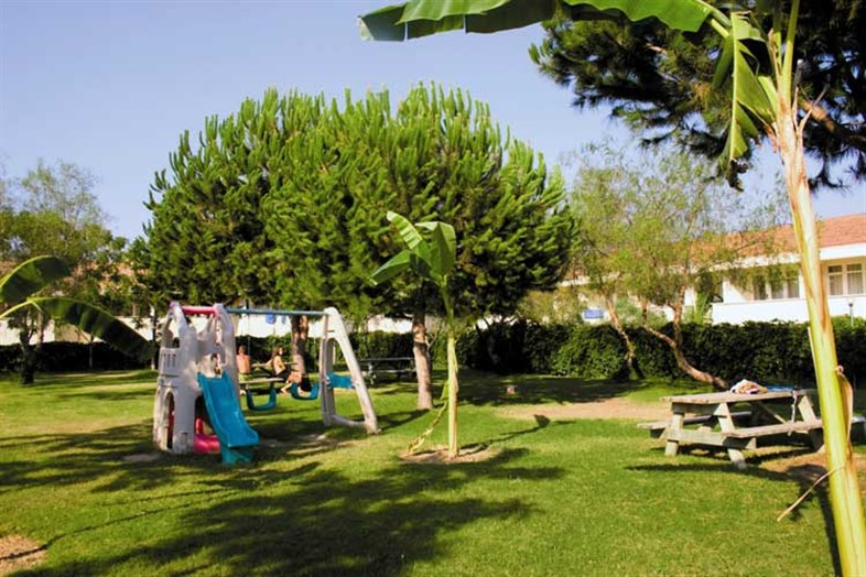 Aska Costa Holiday Village