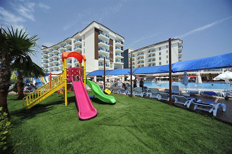 Hotel Cenger Beach Resort