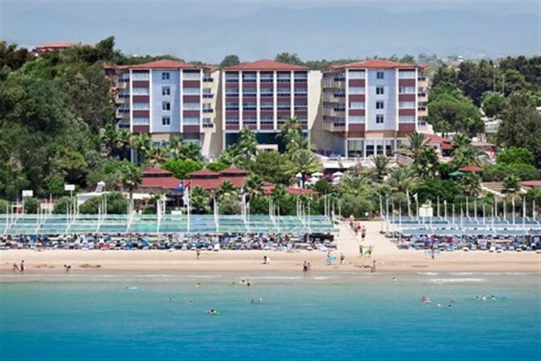 Hotel Terrace Beach Resort
