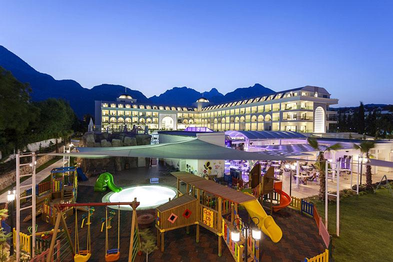 Hotel Karmir Resort