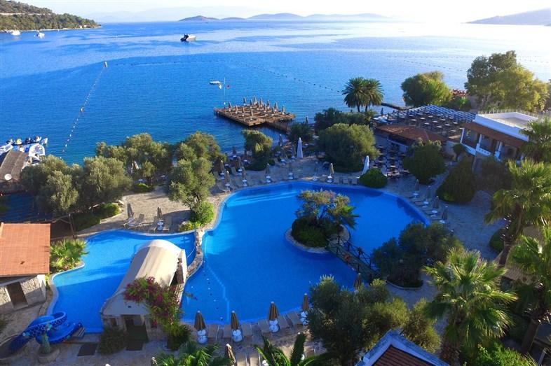 Hotel Izer & Beach Club