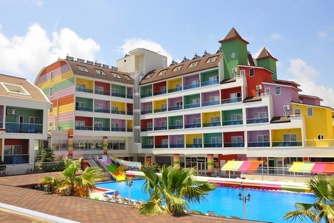 Hotel The Colours Side