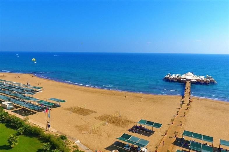 Von Resort Golden Beach